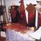 Jochen baut Instrumente aus Metall, Glas, Holz und Stein