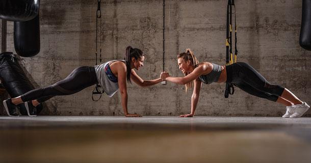 Frauen beim Workout