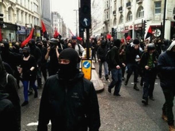 Black bloc , London, marts 2011