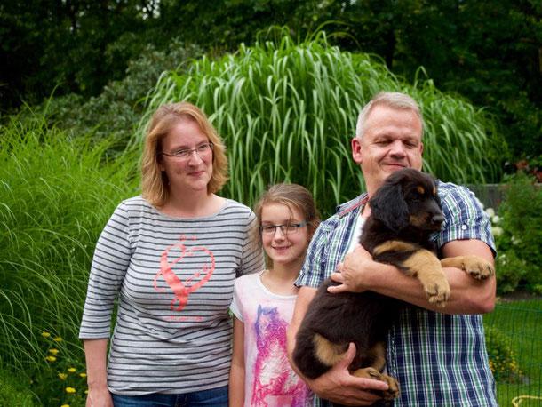 Bente wurde von Tanja, Stefan und Lisa nach Niedernhausen geholt
