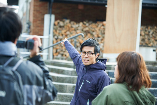 五城目町地域おこし協力隊の柳澤龍さん。ご挨拶して数秒後にはもう五城目の歴史を熱く語ってくださっています。