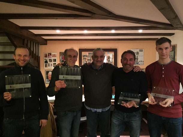 Alle Gewinner von 2016 und der Turnierleiter (v.l.n.r: Pavel Zaoral, Peter Blachian, Anton Kraft, Zdenek Zizka)