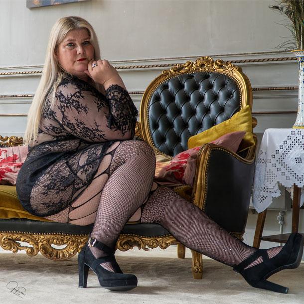 Model Nadia