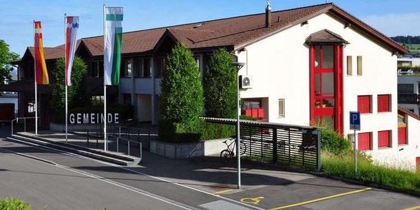Gebäude der Gemeindeverwaltung, Feuerwehr und Gemeindewerke