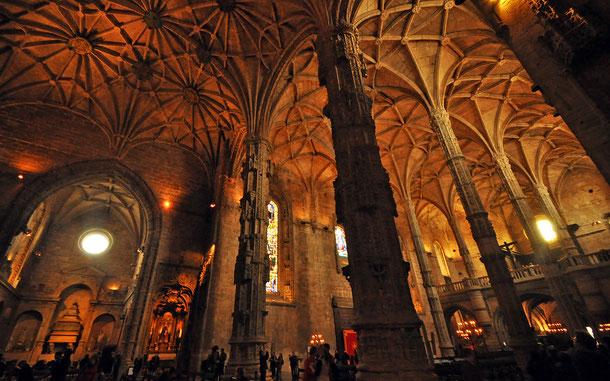 世界遺産「リスボンのジェロニモス修道院とベレンの塔(ポルトガル)」、ジェロニモス修道院のサンタ・マリア教会