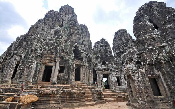 世界遺産「アンコール(カンボジア)」、アンコール・トムのバイヨン寺院