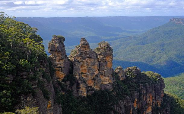 オーストラリアの世界遺産「グレーター・ブルー・マウンテンズ地域」、ブルー・マウンテンズ国立公園の名所スリー・シスターズ