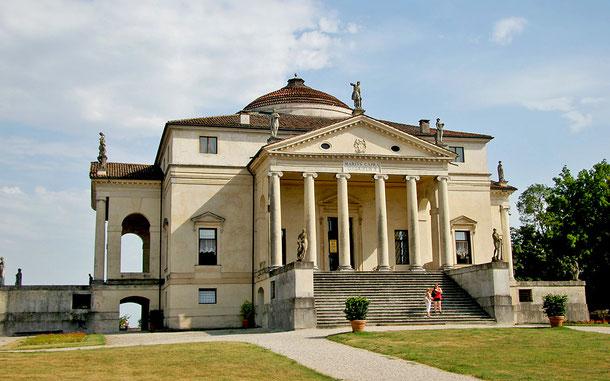 世界遺産「ヴィチェンツァ市街とヴェネト地方のパッラーディオ様式の邸宅群(イタリア)」、ラ・ロトンダ(ヴィッラ・アルメリコ・カプラ)