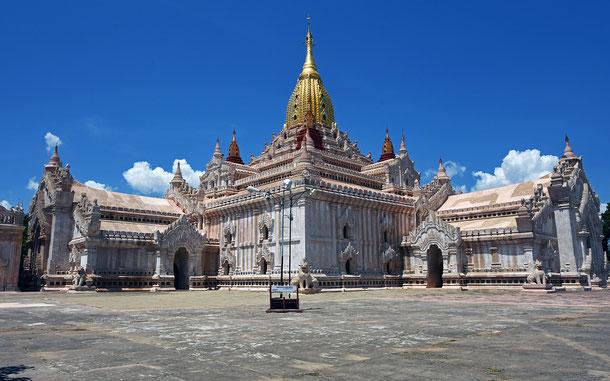 世界遺産「バガン(ミャンマー)」のアーナンダ・パトー
