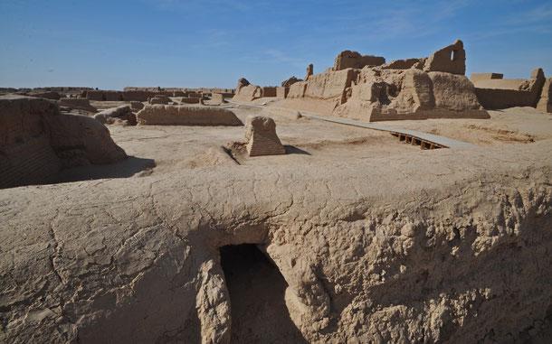 中国の世界遺産「大足石刻」、宝頂山の磨崖仏群