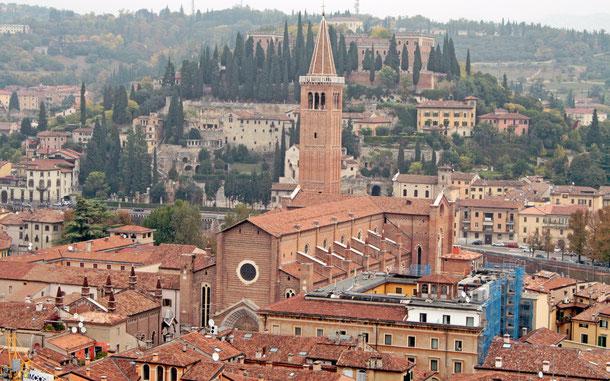 イタリアの世界遺産「ヴェローナ市」、サンタ・アナスタシア聖堂