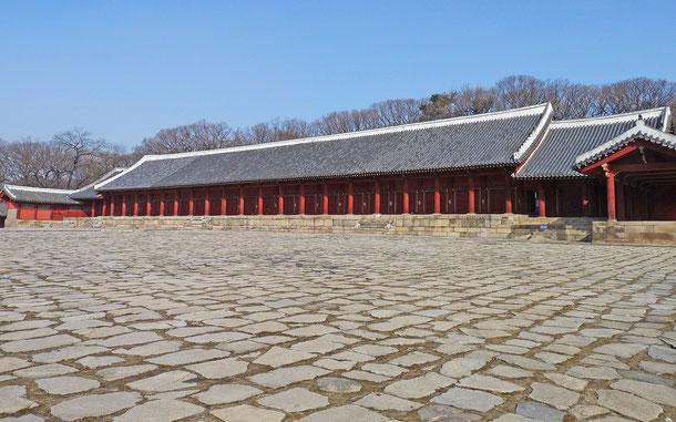 韓国の世界遺産「宗廟」、正殿