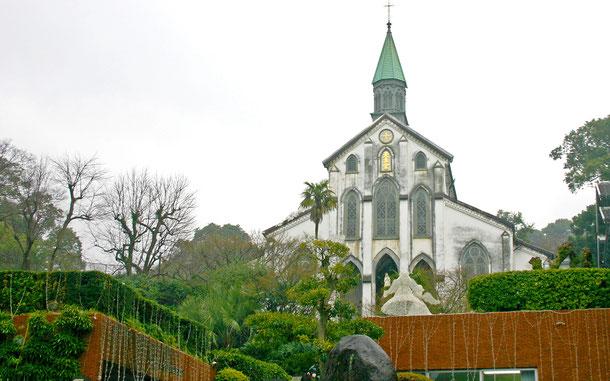 「長崎と天草地方の潜伏キリシタン関連遺産」の大浦天主堂