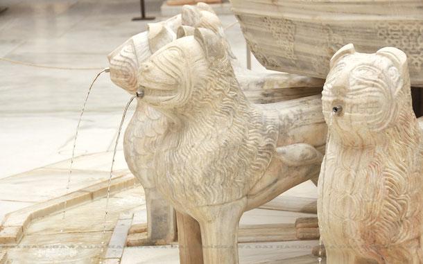 ナスル朝宮殿ライオン宮、ライオンの中庭