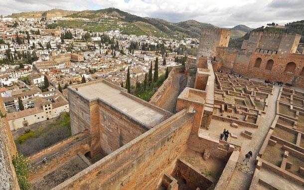 アルバイシン地区とアルカサバの城砦