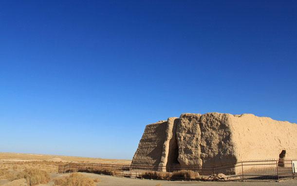 世界遺産「シルクロード:長安-天山回廊の交易路網(カザフスタン/キルギス/中国共通)」、玉門関