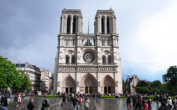 世界遺産「パリのセーヌ河岸(フランス)」、ノートル・ダム大聖堂