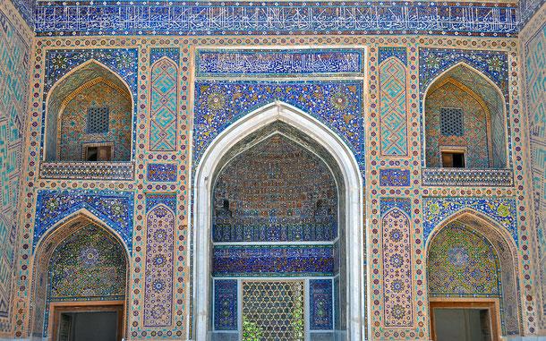世界遺産「サマルカンド-文化交差路(ウズベキスタン)」、ティリャー・コリー・モスク・マドラサ