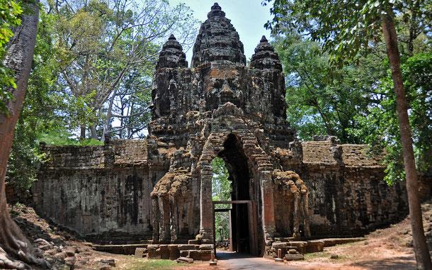世界遺産「アンコール(カンボジア)」、アンコール・トムの南大門