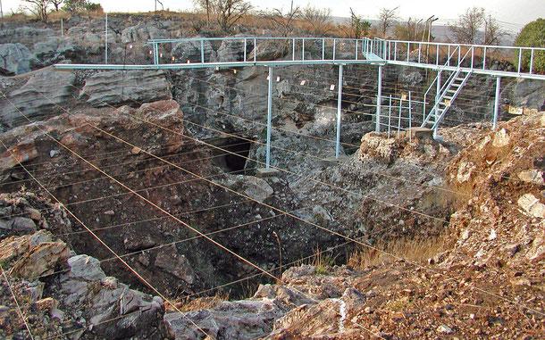 世界遺産「南アフリカ人類化石遺跡群(南アフリカ)」のスタークフォンテン発掘現場
