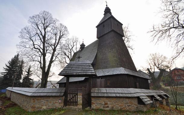 世界遺産「カルパチア山脈地域のスロバキア地区の木造教会群(スロバキア)」、スロバキア・ヘルヴァルトウの聖フランチェスコ教会