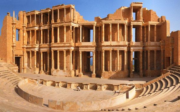世界遺産「サブラータの古代遺跡」のローマ劇場