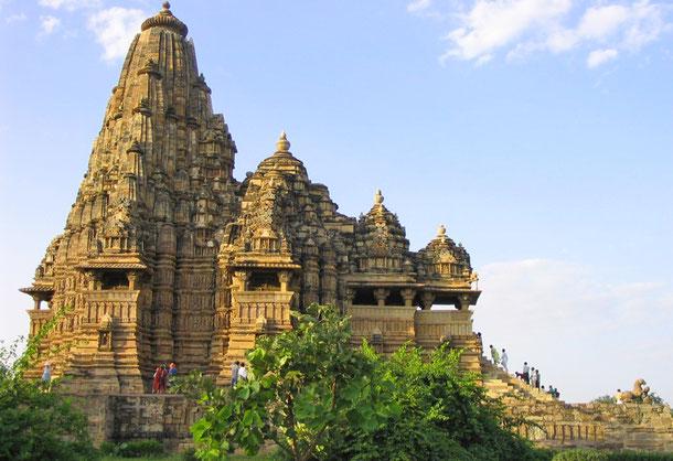 世界遺産「カジュラホの建造物群(インド)」、カンダーリヤ・マハーデーヴァ寺院