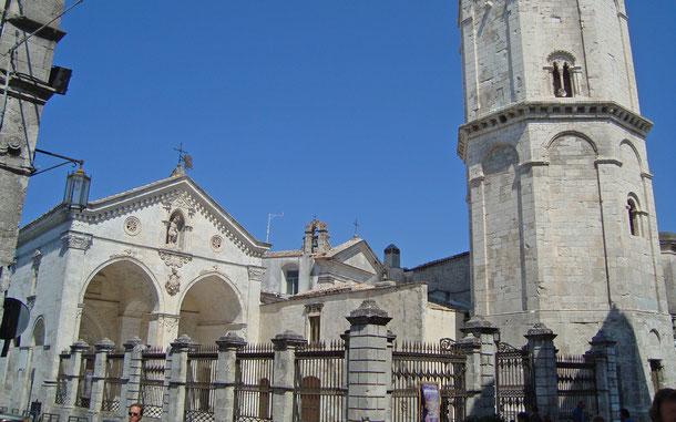 世界遺産「イタリアのランゴバルド族:権勢の足跡[568-774年](イタリア)」、サンタンジェロ山のサン・ミケーレの聖域