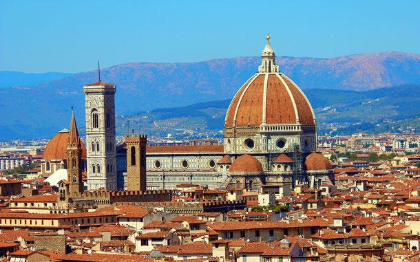 イタリアの世界遺産「フィレンツェ歴史地区」のサンタ・マリア・デル・フィオーレ大聖堂