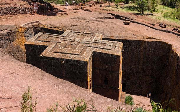 世界遺産「ラリベラの岩窟教会群」の聖ゲオルギウス教会