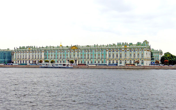 世界遺産「サンクトペテルブルク歴史地区と関連建造物群(ロシア)」、冬宮殿