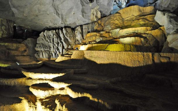 フォンニャ洞窟/ウェット・ケイブ