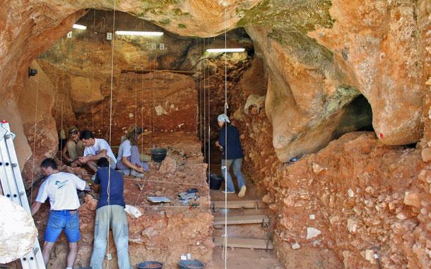 世界遺産「アタプエルカの古代遺跡(スペイン)」、グラン・ドリナの洞窟