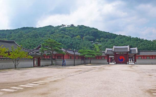 「華城」の華城行宮