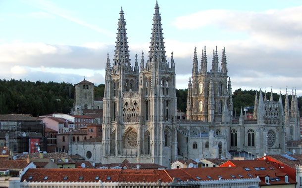 スペインの世界遺産「ブルゴス大聖堂」および世界遺産「サンティアゴ・デ・コンポステーラの巡礼路:カミーノ・フランセスとスペイン北部の巡礼路群」