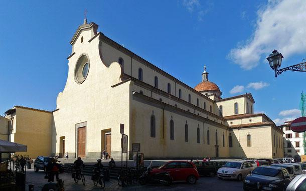 イタリアの世界遺産「フィレンツェ歴史地区」のサント・スピリト教会