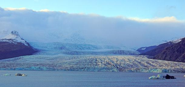 アイスランドの「ヴァトナヨークトル国立公園」