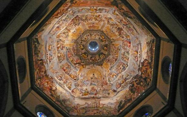 世界遺産「フィレンツェ歴史地区(イタリア)」、サンタ・マリア・デル・フィオーレ大聖堂のクーポラ内部