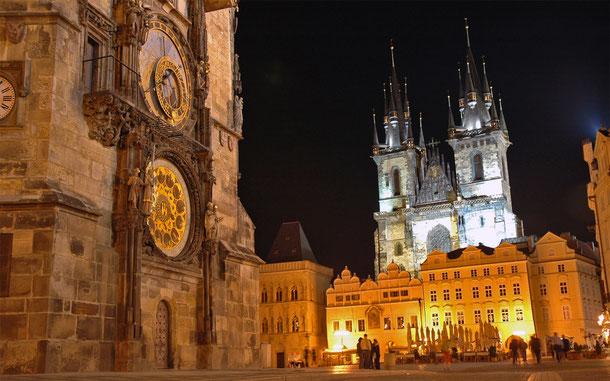 世界遺産「プラハ歴史地区(チェコ)」、ティーン聖堂とプラハ旧市庁舎の天文時計