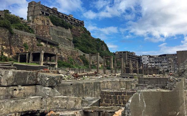世界遺産「明治日本の産業革命遺産 製鉄・製鋼、造船、石炭産業」の端島炭坑、通称・軍艦島