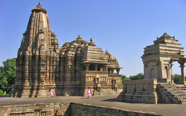 世界遺産「カジュラホの建造物群(インド)」、デヴィ・ジャガダンビ寺院