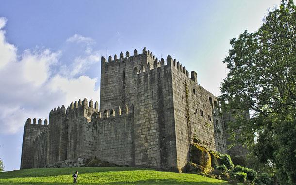 世界遺産「ギマランイス歴史地区(ポルトガル)」、ギマランイス城