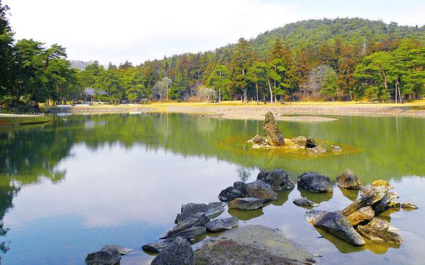 「平泉‐仏国土[浄土]を表す建築・庭園及び考古学的遺跡群」の構成資産、毛越寺
