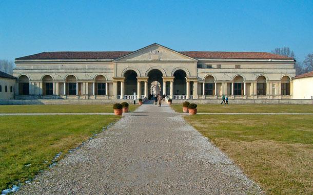 世界遺産「マントヴァとサッビオネータ(イタリア)」、テ宮殿