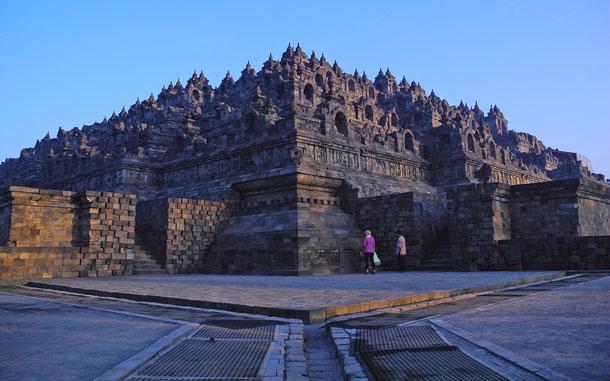 世界遺産「ボロブドゥール寺院遺跡群(インドネシア)」