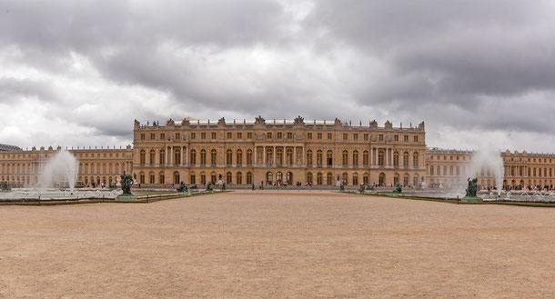 世界遺産「ベルサイユの宮殿と庭園(フランス)」、ベルサイユ宮殿本館