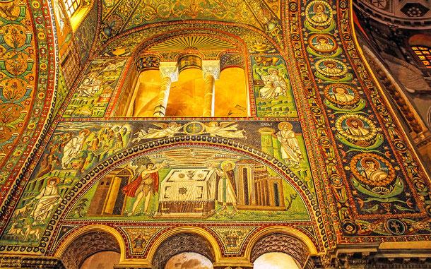 イタリアの世界遺産「ラヴェンナの初期キリスト教建築物群」、サン・ヴィターレ聖堂