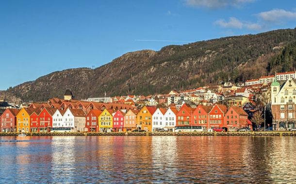 世界遺産「ブリッゲン(ノルウェー)」の倉庫群