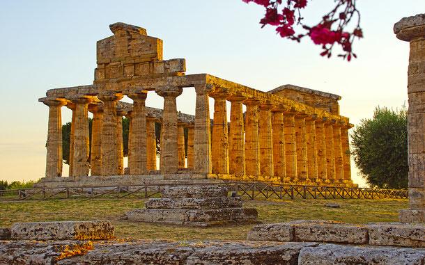 世界遺産「パエストゥムとヴェリアの古代遺跡群を含むチレント・エ・ヴァッロ・ディ・ディアノ国立公園とパドゥーラのカルトゥジオ修道院(イタリア)」、アテナ神殿