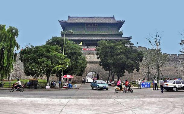 世界遺産「万里の長城(中国)」、山海関の西門・迎恩門